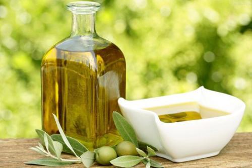 橄榄油的功效与作用 橄榄油能有效抗肿瘤
