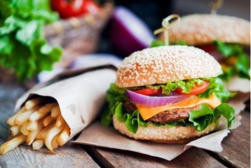 开个小点的汉堡店得多少钱?